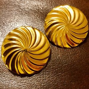 Vintage Gold Pinwheel Disc Earrings